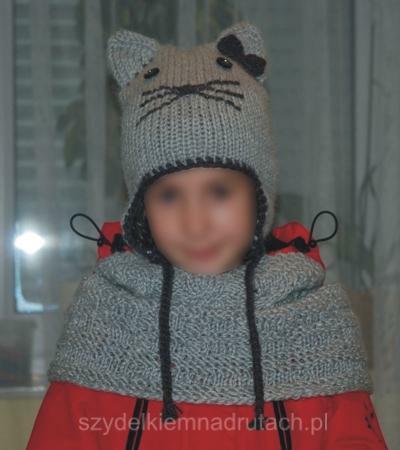 Kocia czapka i komin na drutach
