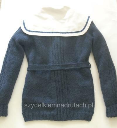 swetry na drutach szkolny tył
