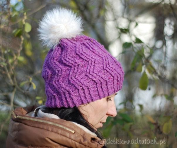 czapka z futrzanym pomponem2